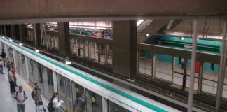 Super-Heróis Carnaval Estação Sacomã da Linha 2-Verde do Metrô volta do feriado