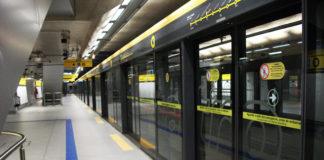 Carnaval vagão Linha 4 Amarela Treinamento campanha ViaQuatro