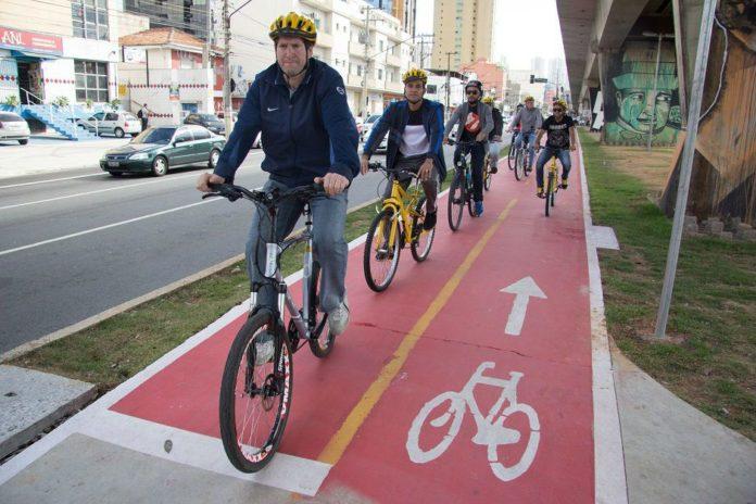 Jilmar Tatto inaugura nova ciclovia em São Paulo