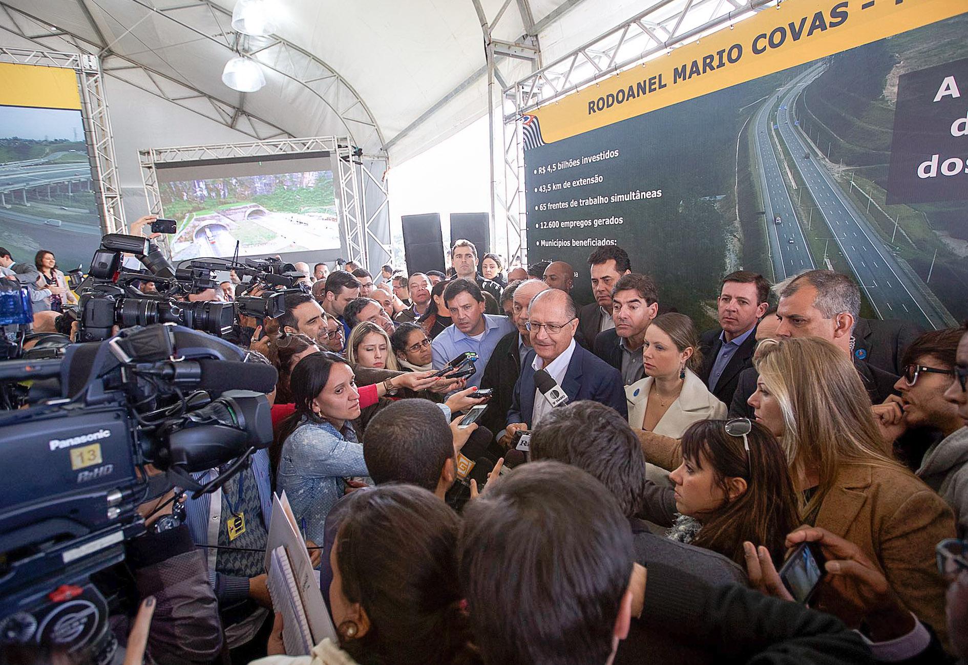 A estimativa é de que a redução do tempo de viagem entre a Baixada Santista e Guarulhos seja de cerca de 30%, proporcionando maior ganho aos transportadores e agilidade na locomoção de cargas. Foto: A2img / Daniel Guimarães