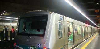 Metrô de São Paulo madrugada