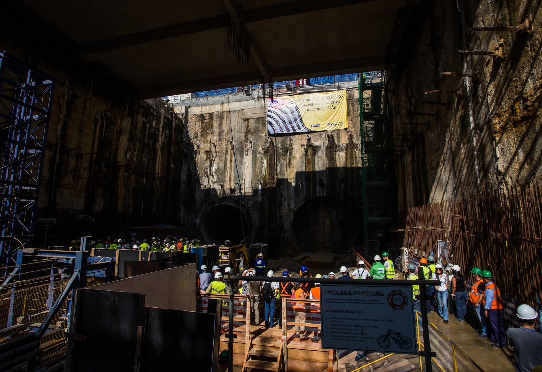 Para construir os 4,9 quilômetros de cada um dos túneis foram escavados cerca de 160 mil metros cúbicos de terra e utilizados cerca de 2.800 anéis de concreto, com 22,5 toneladas cada ( Foto: A2img/Eduardo Saraiva)