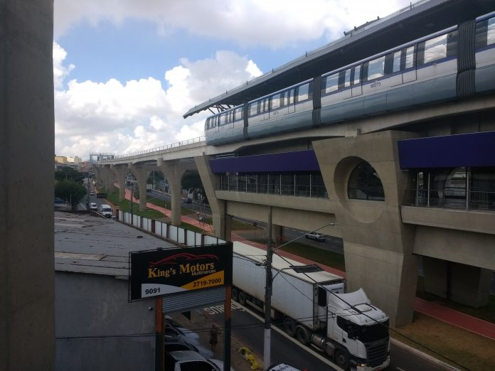 Monotrilho Estação Vila União da Linha 15-Prata