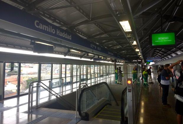 plataforma da estação camilo haddad
