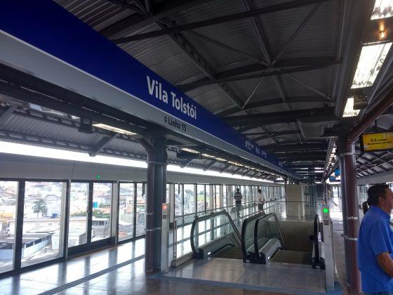 plataforma da vila tolstói