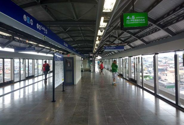 plataforma vila tolstói