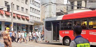 circulação de veículos largo do paissandú trânsito
