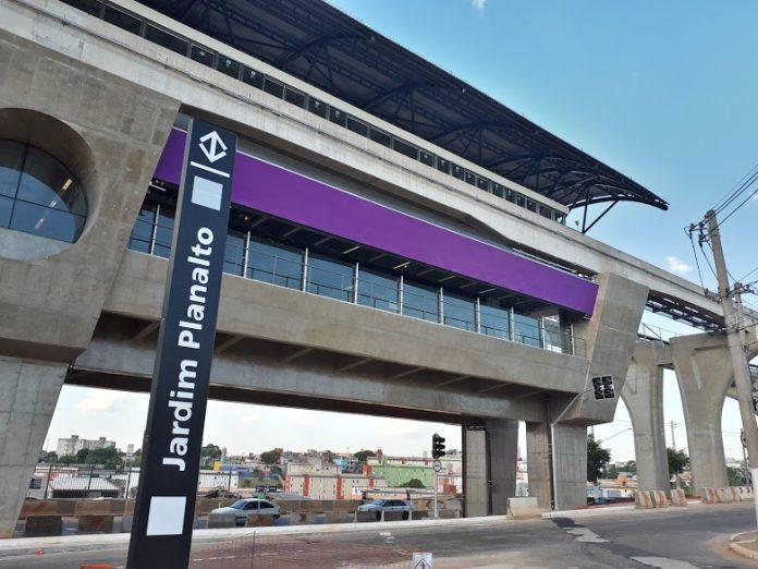 jardim planalto estação Linha 15-Prata