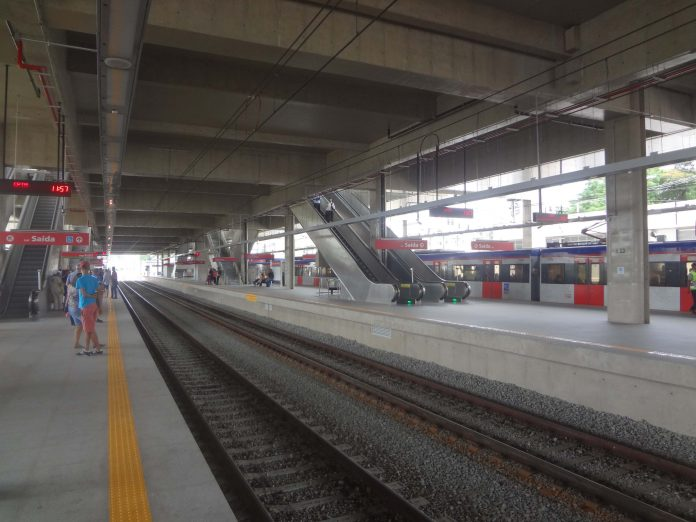linha 13-jade plataforma engenheiro goulart