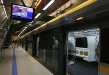 Carnaval linha 4 viaquatro de passageiros