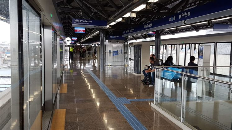 Estação Vila Tolstói foto