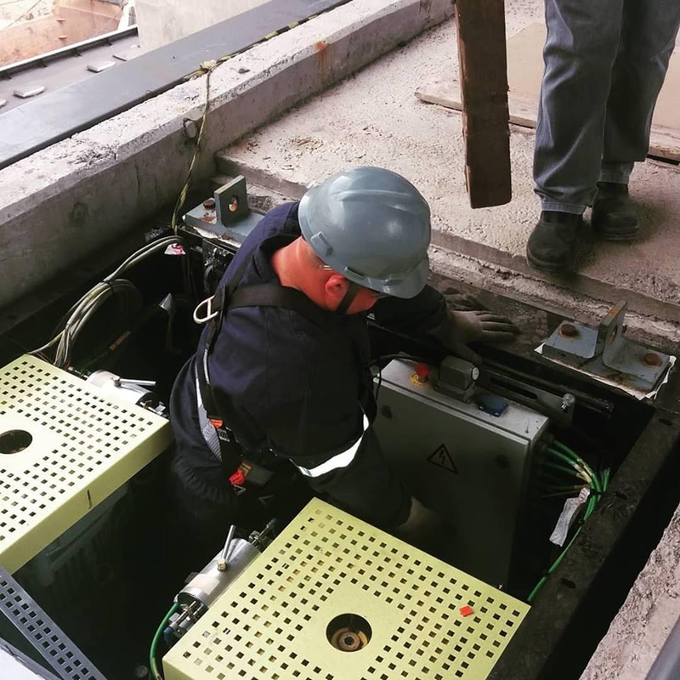 obras na linha 15 construtora