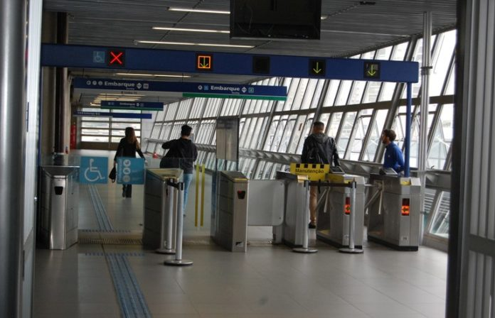 Linha 15-Prata Terminal Vila Prudente acesso ao Metrô