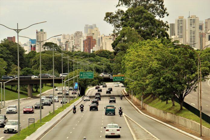 Ampliação do rodízio Segurança no trânsito Provas do Enem São Paulo Trânsito Rodízio de veículos