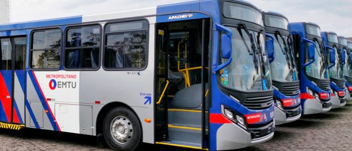 Idosos Coronavírus Ônibus da EMTU Transporte Linha 5202
