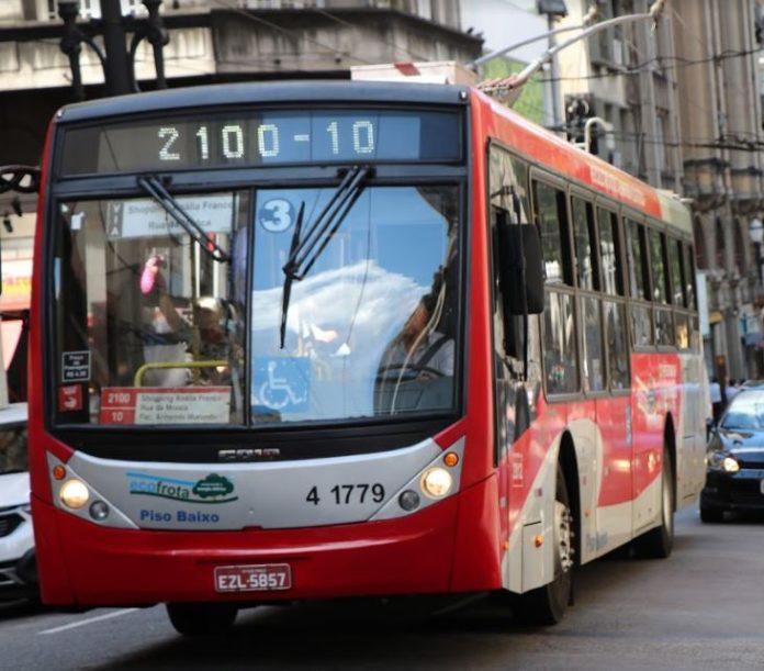 Linha 2100 Passageiros