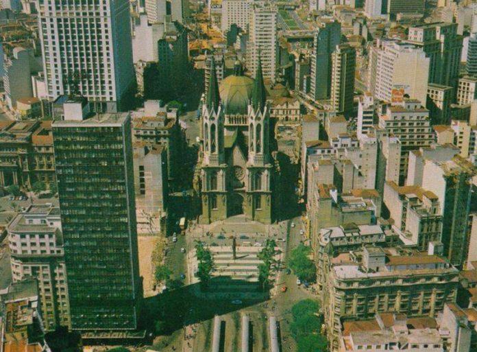 Edifício Mendes Caldeira
