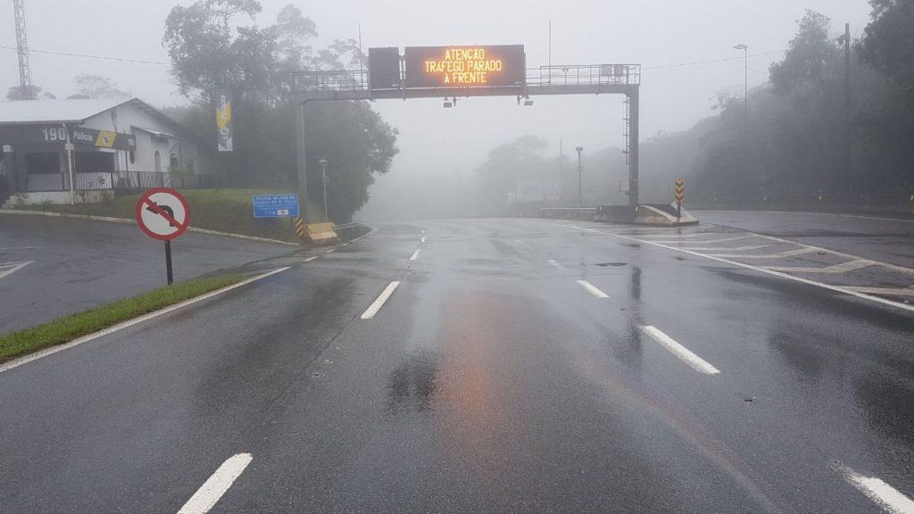 Neblina Rodovia