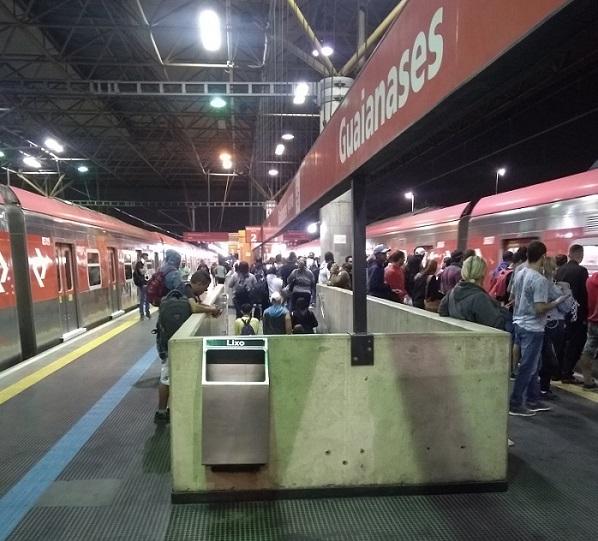 Plataforma Linha 11-Coral
