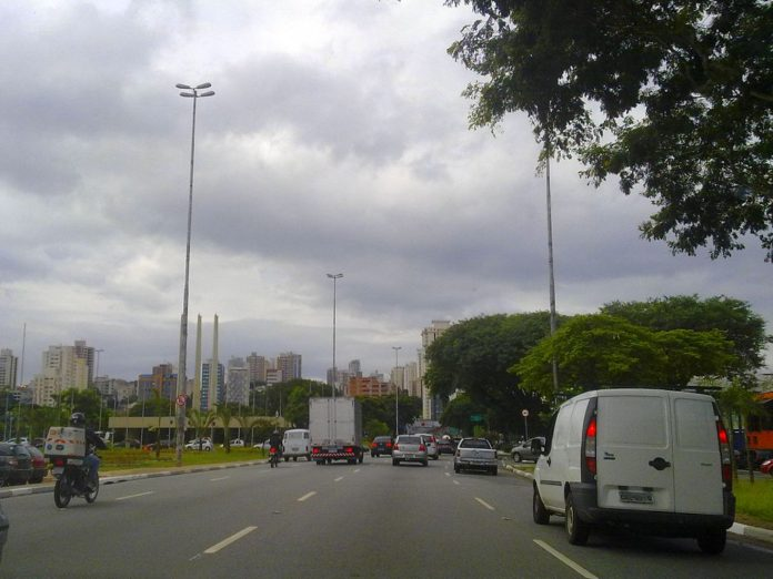 Avenida Santos Dumont Zona Norte