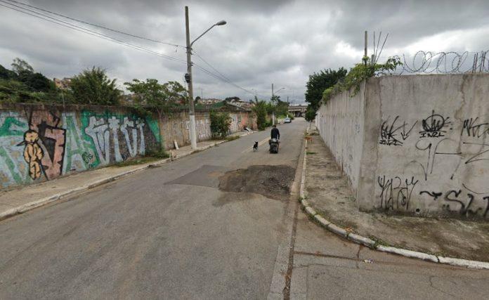 Avenida dos Guris Vila Jacuí