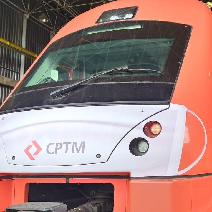 Trem CPTM Máscara