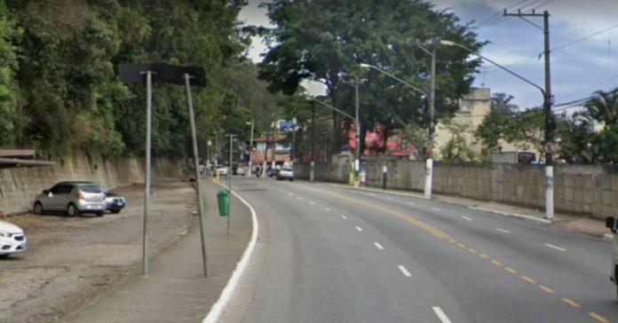 Avenida Guarapiranga Parque