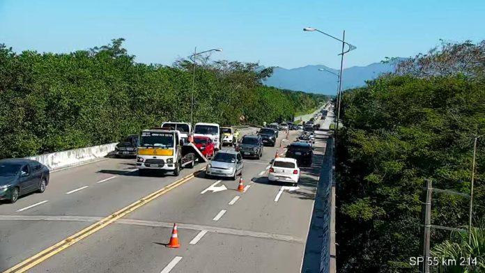 Colisão km 214 Rio-Santos