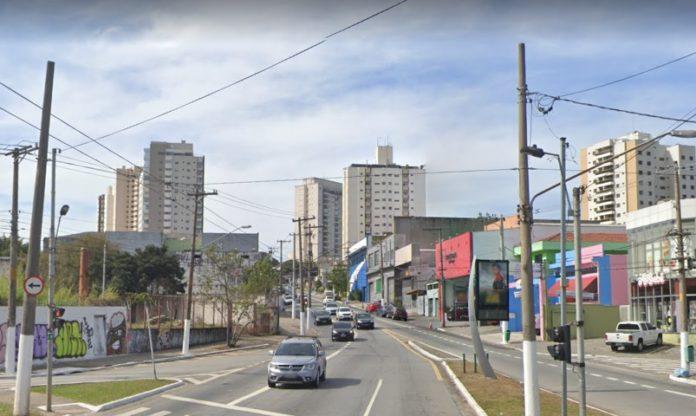 Avenida Eduardo Cotching Leste