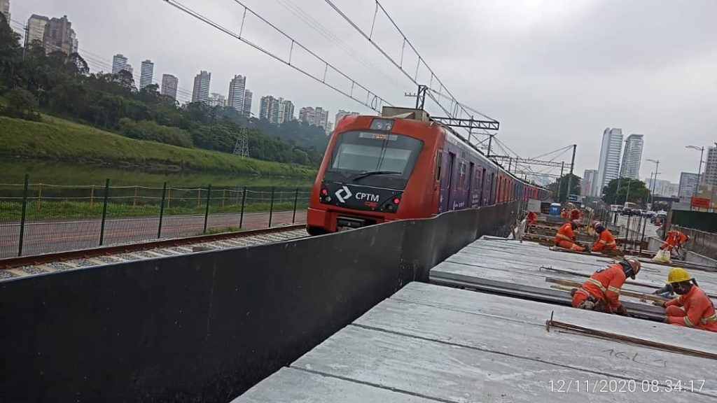 Obras Estação João Dias