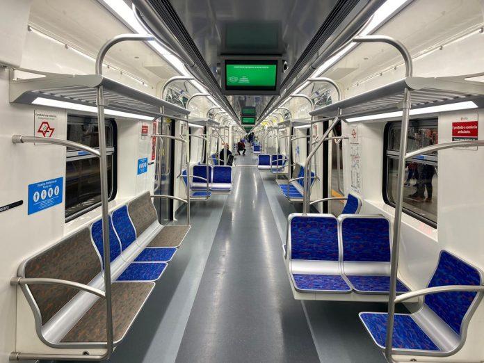 Trem novo Linha 13-Jade
