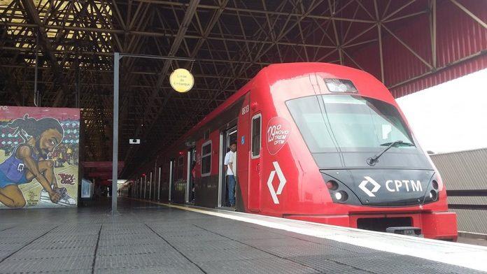 Trem da Linha 11-Coral CPTM