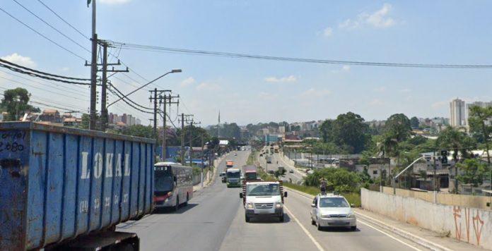 Avenida Jacu-Pêssego 750