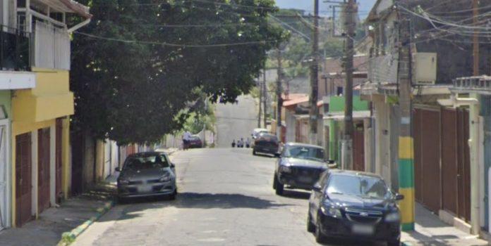 Rua Viveiros Raposo