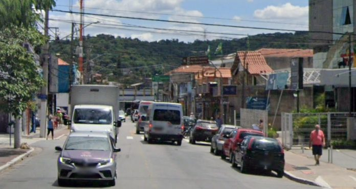 Rua Maria Amália Lopes Azevedo 192