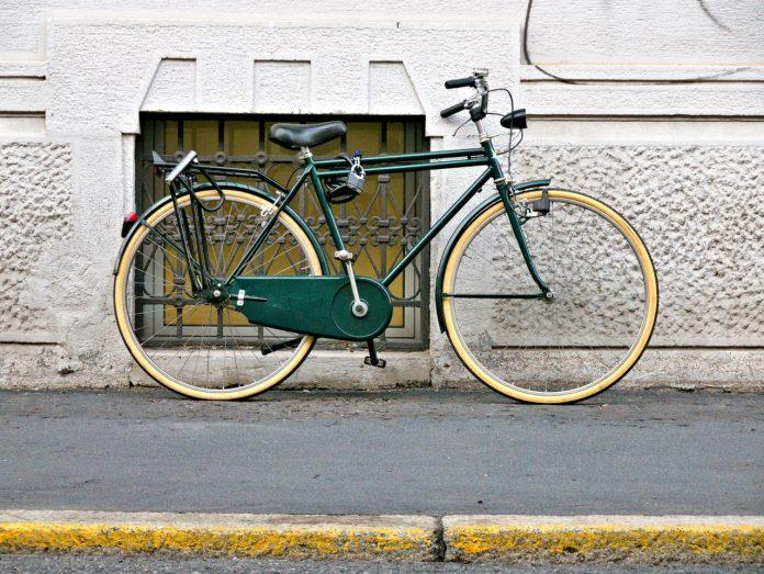 Bicicleta Apoiada