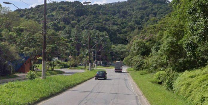 Estrada do Pedroso 3000
