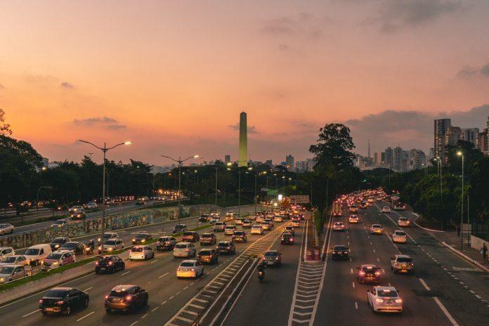 Trânsito Corredor Obelisco